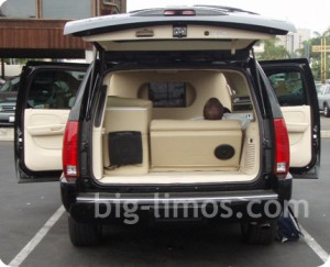 escalade-esv-2007-back